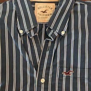 HOLLISTER long sleeves  Buttons Down shirt